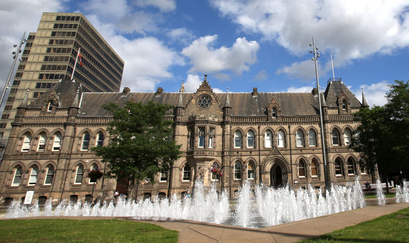 A photo of Middlesbrough Town Hall linking to a page about council services