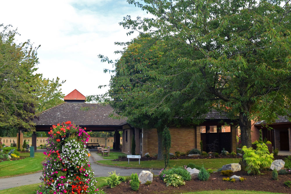A photo of the exterior of Teesside Crematorium linking to a page about information about the crematorium