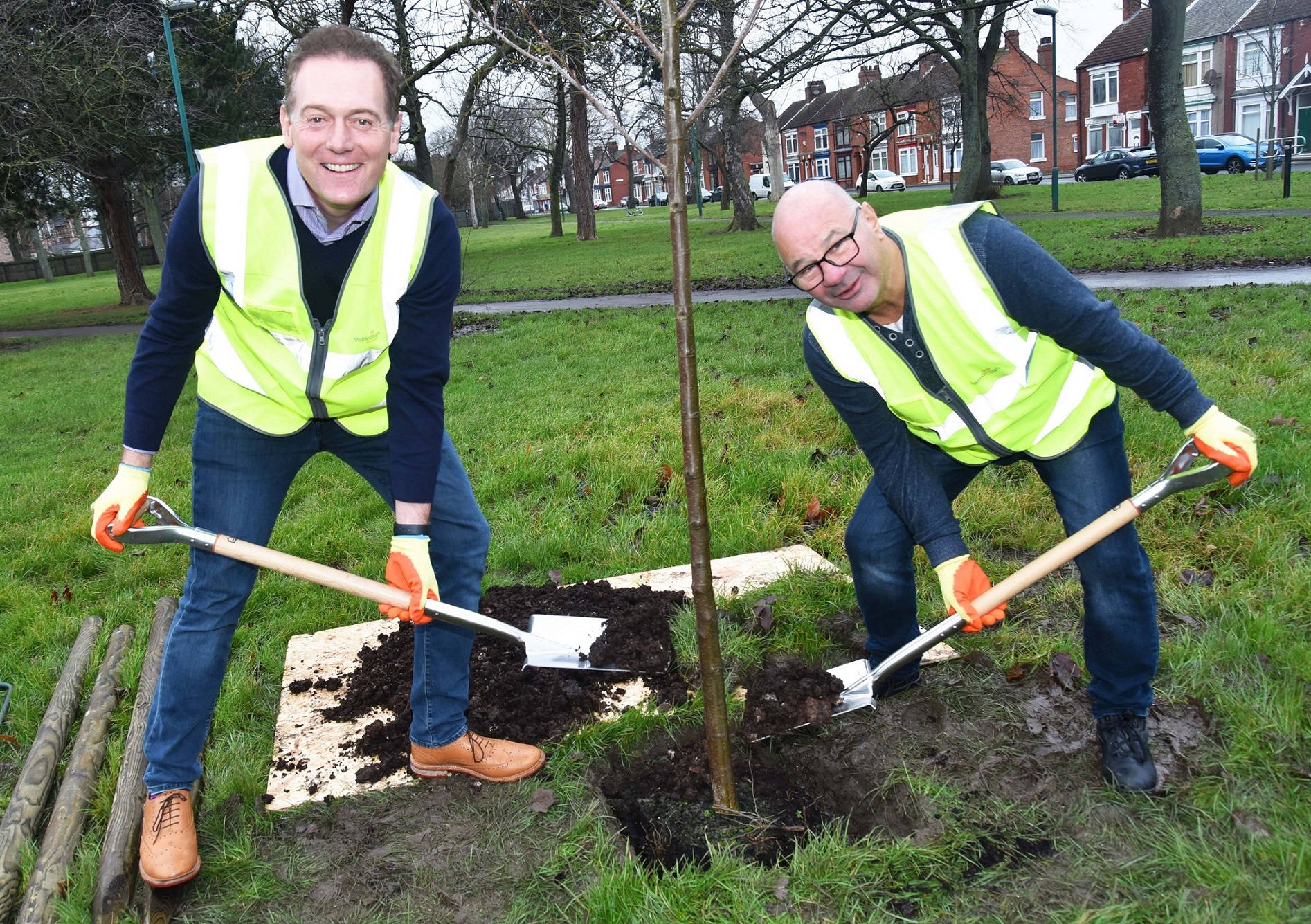 Middlesbrough Mayor Andy Preston and Cllr Dennis McCabe, Executive member for Environment, planting trees at Ayresome Gardens