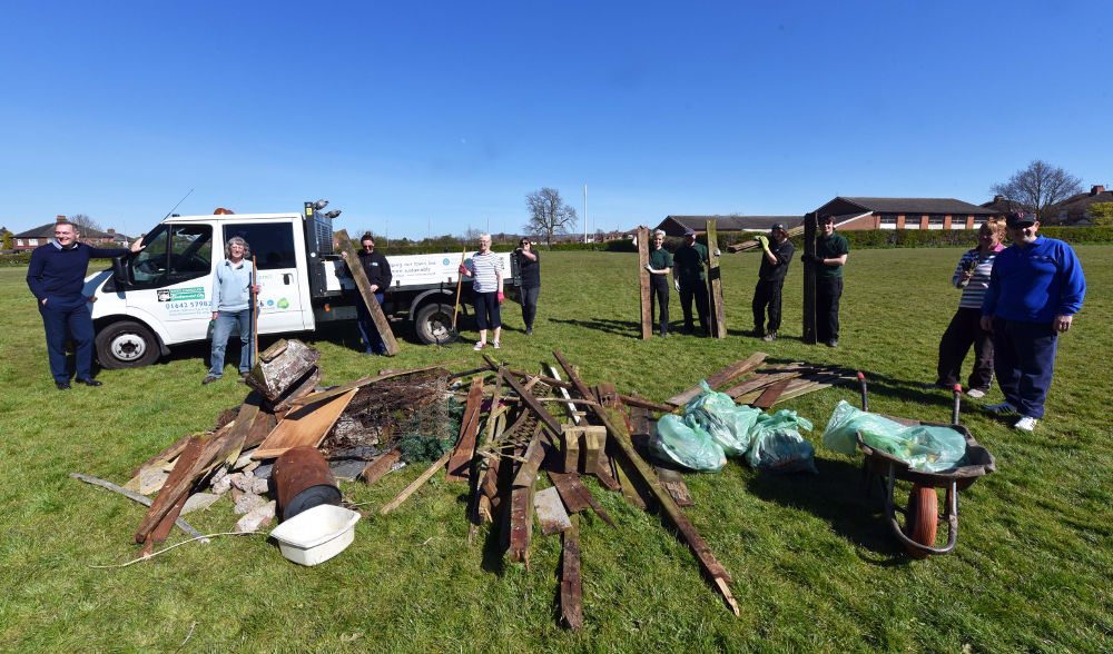 A photo of volunteers tidying up the Arty
